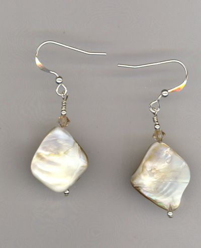 She Sella Sea Shells ~ Earrings