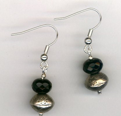 ancy Fun Black Crystal Earrings