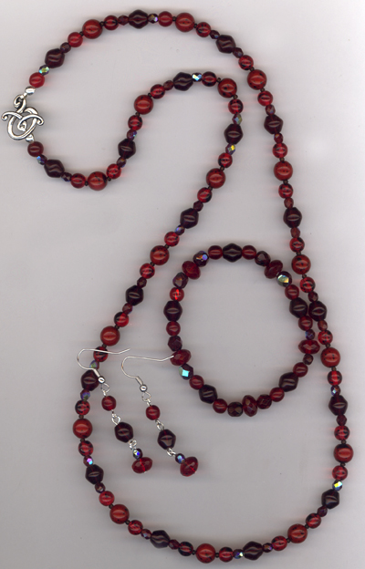 Gift For The Holidays ~ Red Beaded Jewelry Set