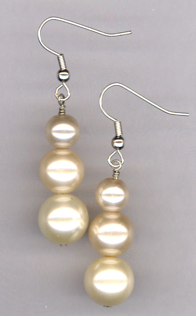 triple creme pearl 4 earrings