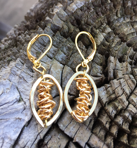 gold oval chain lb earring