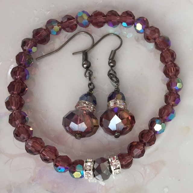 Amethyst Quartz Crystal Stretchy Bracelet/Earrings Set