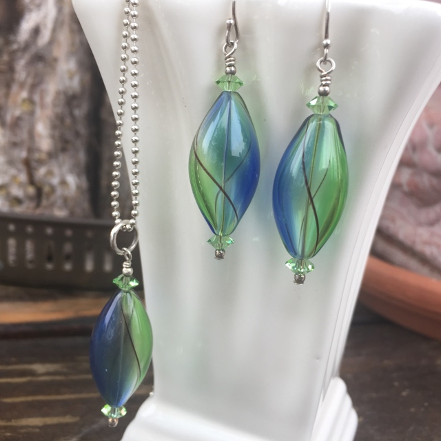 Bluebonnet gandblown art glass crystal jewelry set