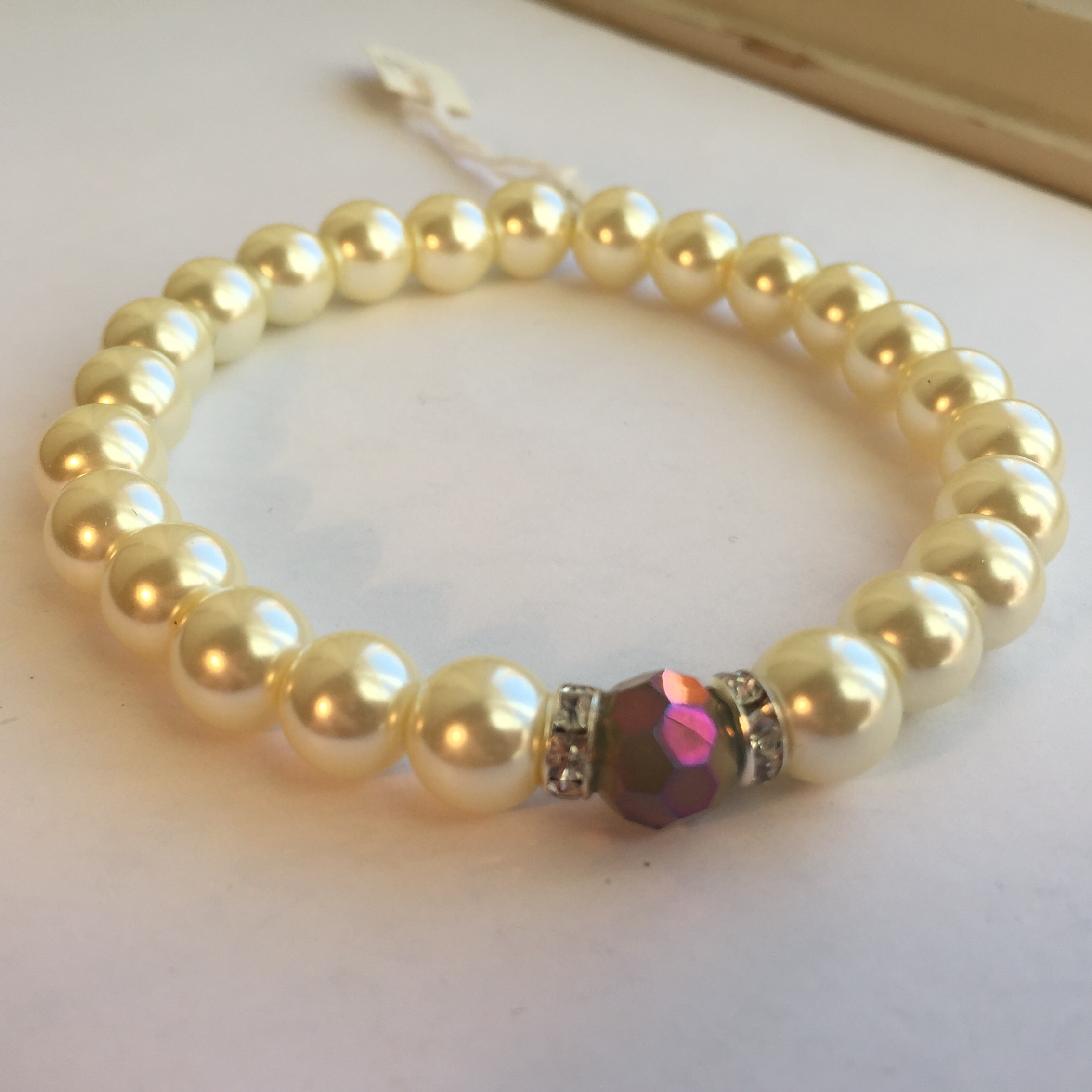 Creamy White Pearl Crystal Stretch Bracelet