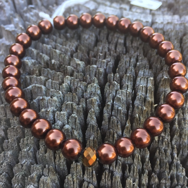 Spicy  Suede Oak Stretchy Pearl Bracelet 3