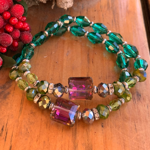 Emerald Peridot Green Rainbow Crystal Stretch Stacking Bracelet