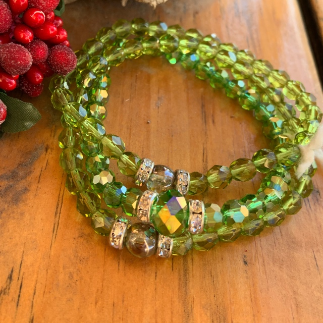 Peridot Green Crystal Stretch Greenery Bracelet