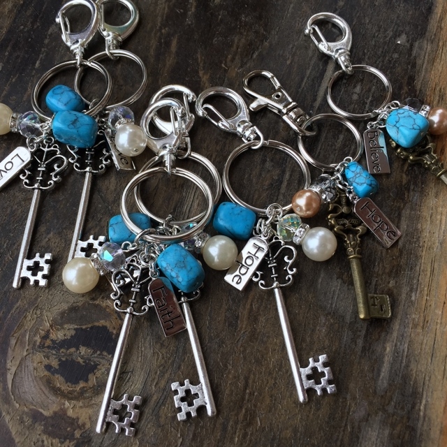 Key to my heart Turquoise Blue skeleton charm