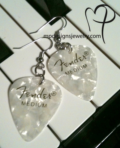 white fender pearl medium gp sp earrings