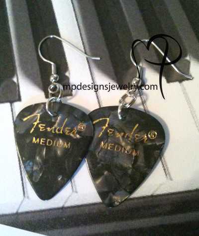 Fender Pearl Black GP Earrings