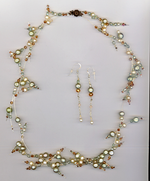 peridot pearl copper crystal necklace