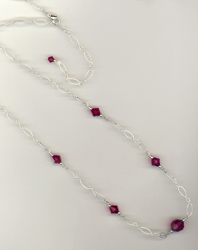 fuchsia fancy chain necklace