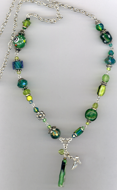 Whimsy Girl Green ~ Chunky Beaded Necklace