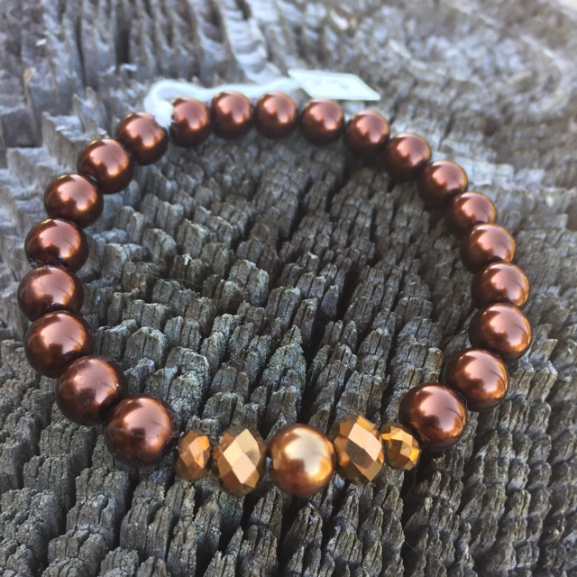 Spicy Suede Oak Stretchy Pearl Bracelet 2